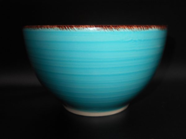 bowl-candle-front-dark-2-wsc-treasures-under-sugar-loaf-winona-minnesota-antiques-collectibles-crafts