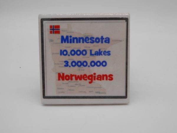 ceramic-10000-lakes-magnet-dj-treasures-under-sugar-loaf-winona-minnesota-antiques-collectibles-crafts