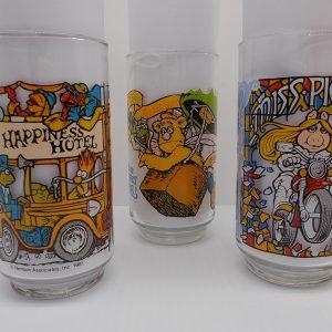 muppet-caper-glasses-all-dj-treasures-under-sugar-loaf-winona-minnesota-antiques-collectibles-crafts