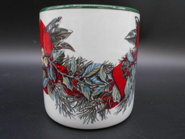 christmas-coffee-mug-2-dj-treasures-under-sugar-loaf-winona-minnesota-antiques-collectibles-crafts