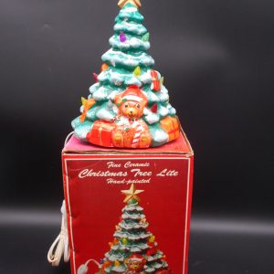 christmas-tree-with-teddy-bear-1-dj-treasures-under-sugar-loaf-winona-minnesota-antiques-collectibles-crafts