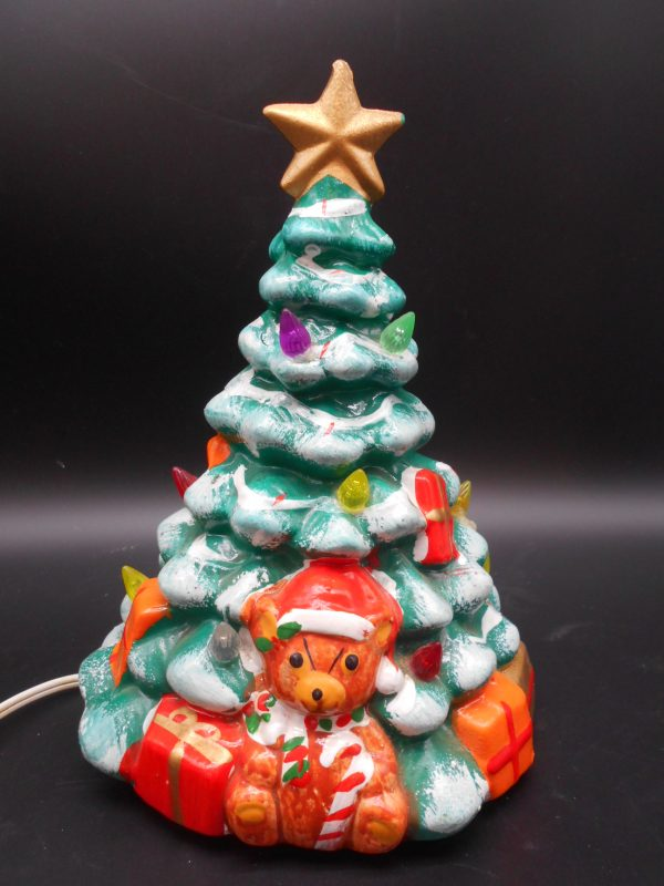christmas-tree-with-teddy-bear-2-dj-treasures-under-sugar-loaf-winona-minnesota-antiques-collectibles-crafts