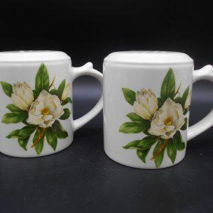 floral-sp-1-dj-treasures-under-sugar-loaf-winona-minnesota-antiques-collectibles-crafts