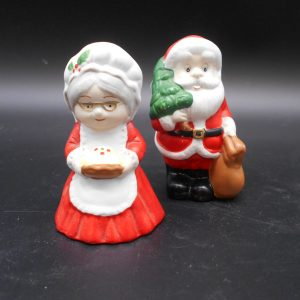 santa-mrs-sp-1-dj-treasures-under-sugar-loaf-winona-minnesota-antiques-collectibles-crafts