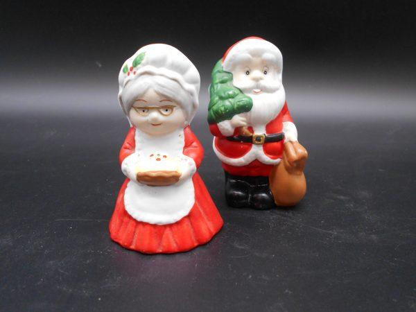 santa-mrs-sp-1-dj-treasures-under-sugar-loaf-winona-minnesota-antiques-collectibles-crafts