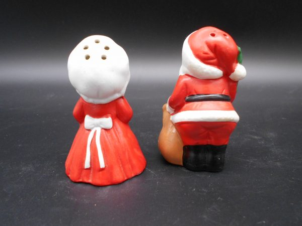 santa-mrs-sp-2-dj-treasures-under-sugar-loaf-winona-minnesota-antiques-collectibles-crafts