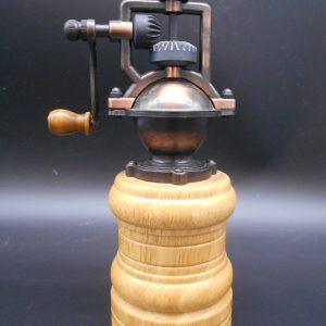 steampunk-grinder-1-dj-treasures-under-sugar-loaf-winona-minnesota-antiques-collectibles-crafts