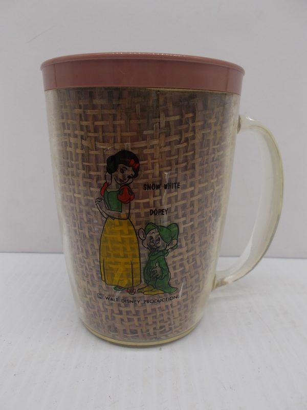 disney-snow-white-mug-1-dj-treasures-under-sugar-loaf-winona-minnesota-antiques-collectibles-crafts
